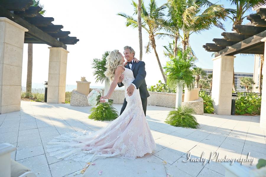 Sarasota Florida Beach Wedding And Portrait Photographer In Tampa St Petersburg Naples Siesta Key Longboat Anna Maria Island Also Sanibel Captiva Marco